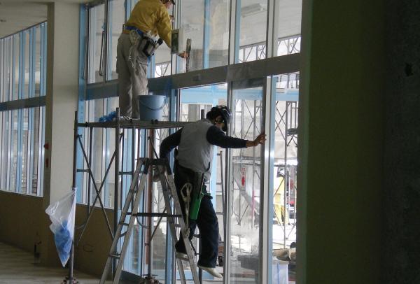 ガラス&外壁清掃
